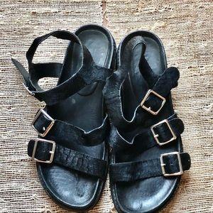 "Solsana Size 39 "" Punk Rock"" Pony Wedge Sandals"
